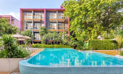 מלון הולידיי אין אקספרס פוקט Holiday Inn Express Phuket Patong Beach Central